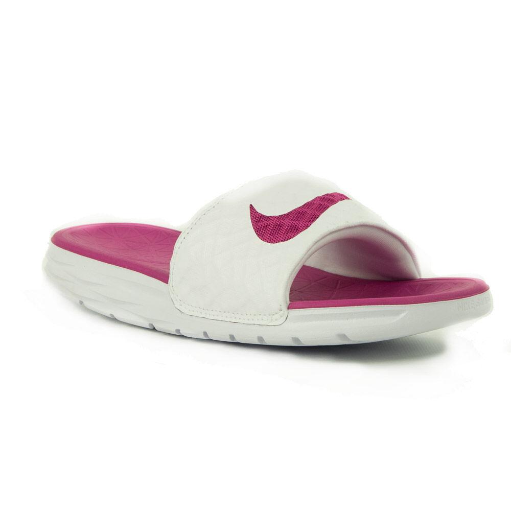 online store 83270 07874 Nike WMNS Benassi Solarsoft Női papucs