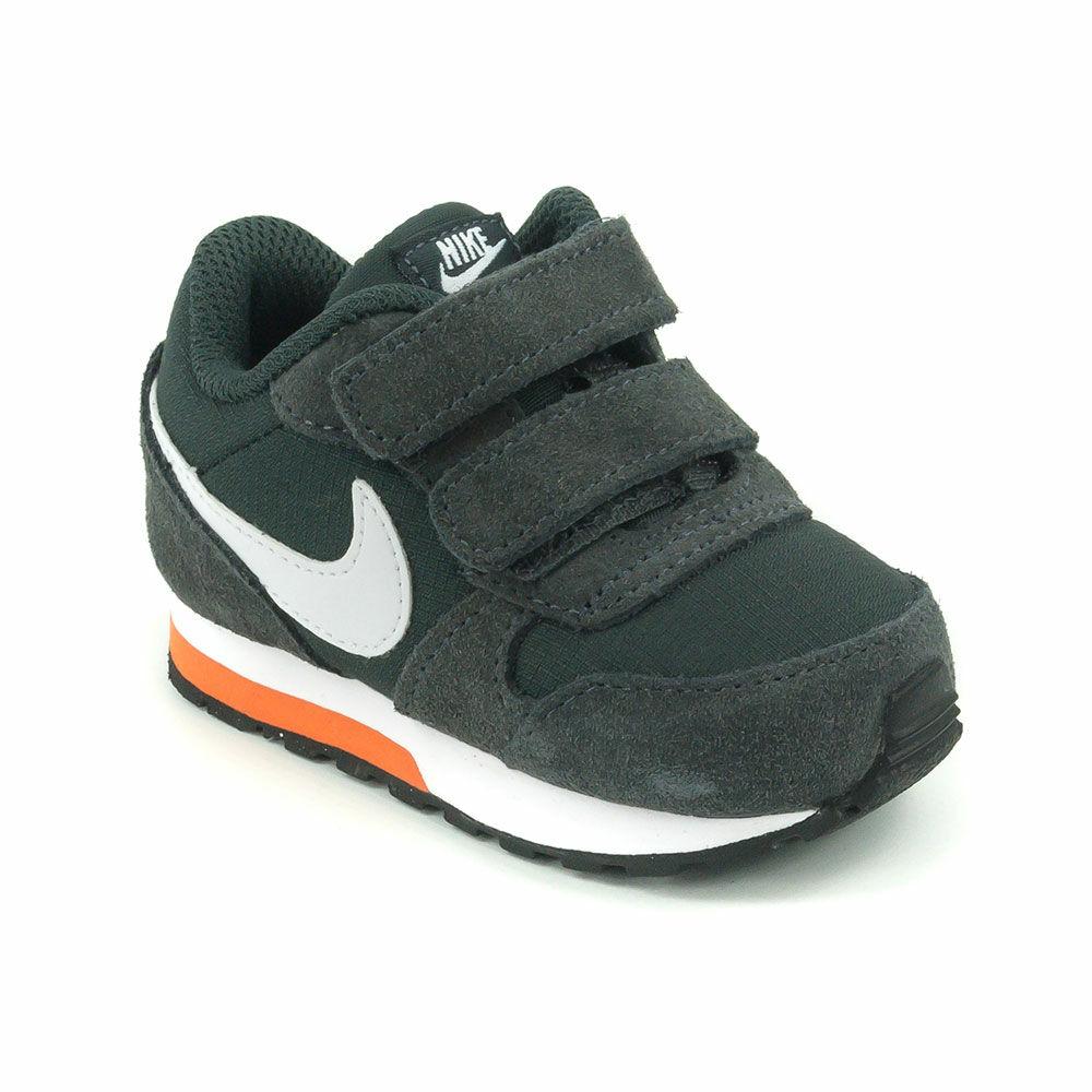 Nike Md Runner 2 TDV Baby Fiú Sportcipő-806255-009 27-es ... a59205b70e