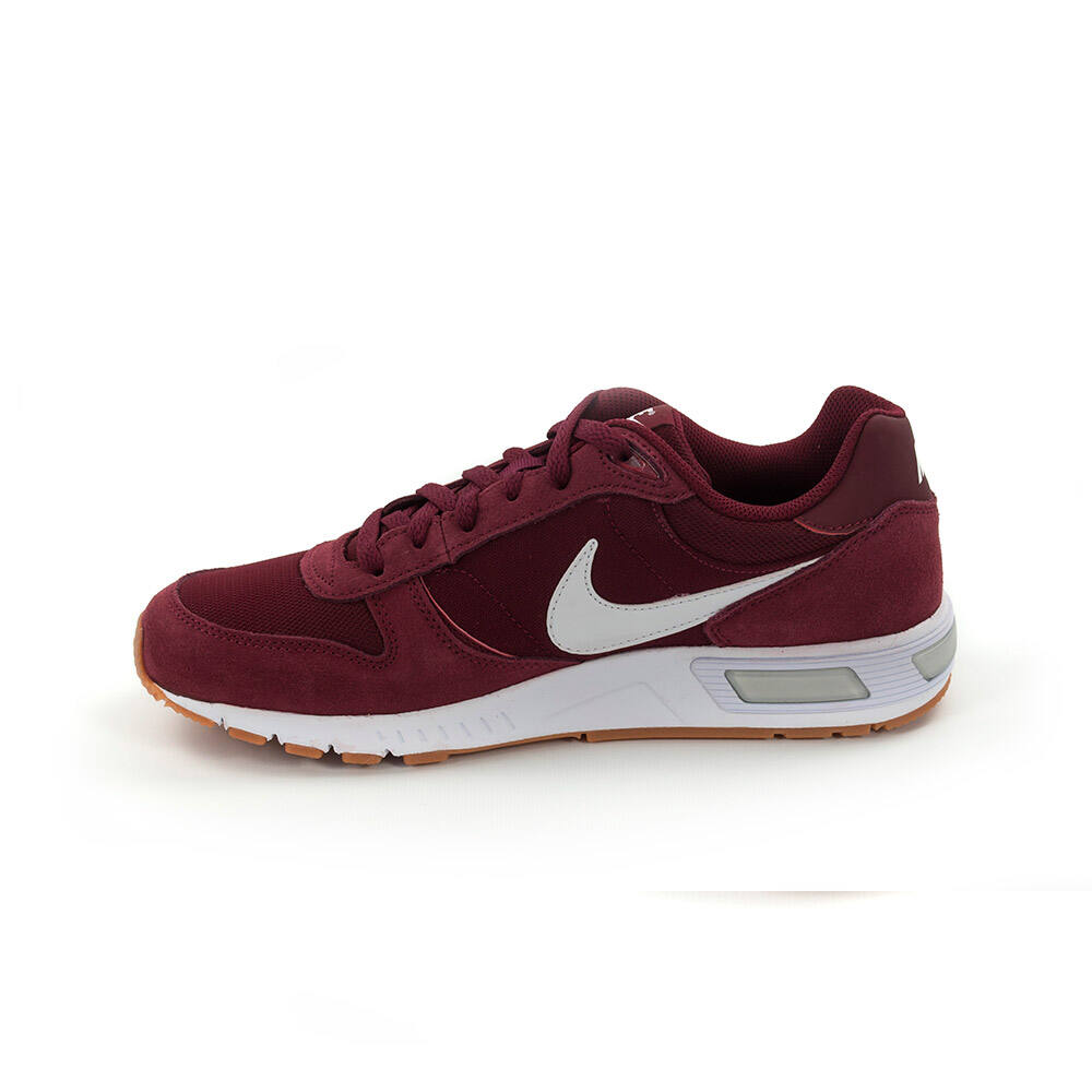 nike nightgazer bordo