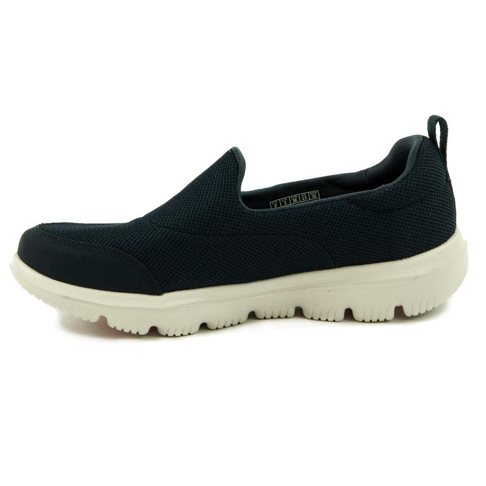 5bc319db95 Skechers GO Walk Női Cipő-15730-NVW - MadeInPapp a CipőWebáruház