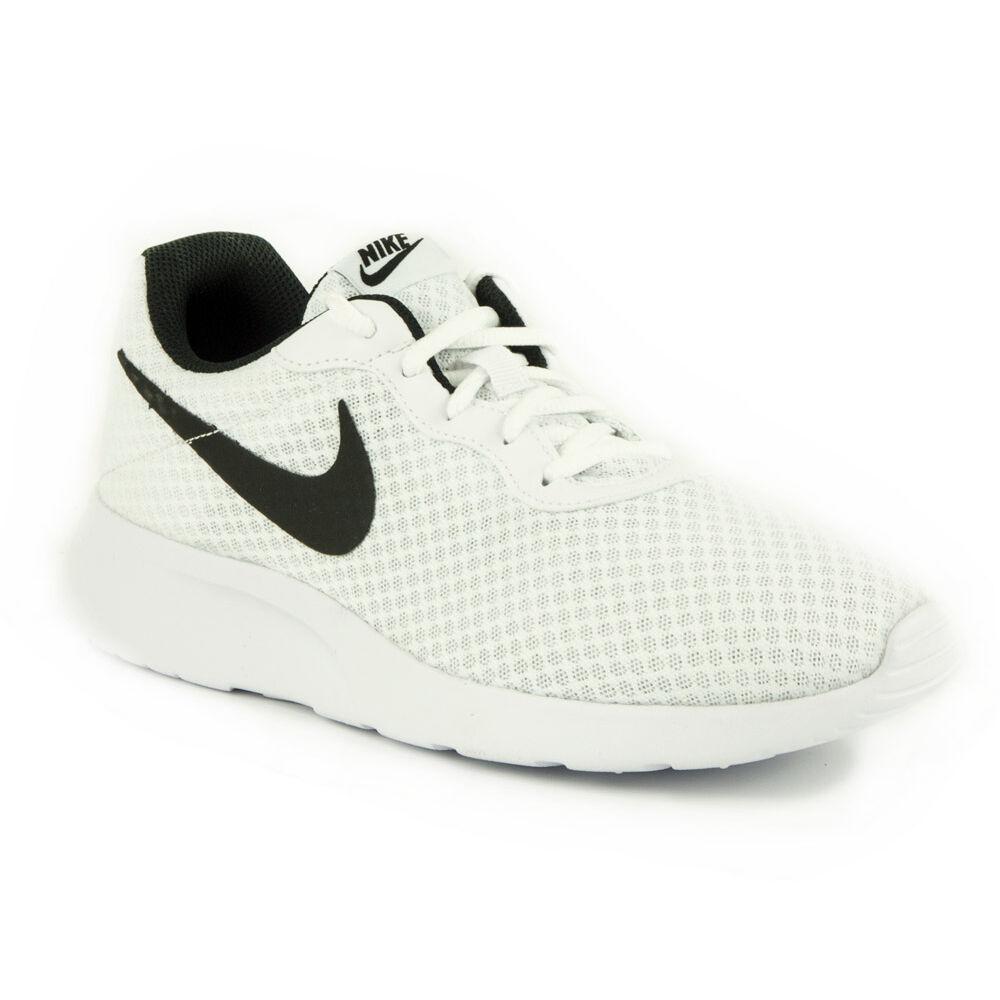 fbf85a1d42d6 Nike Tanjun Férfi Utcai Cipő-812654-101-43-as - MadeInPapp a ...