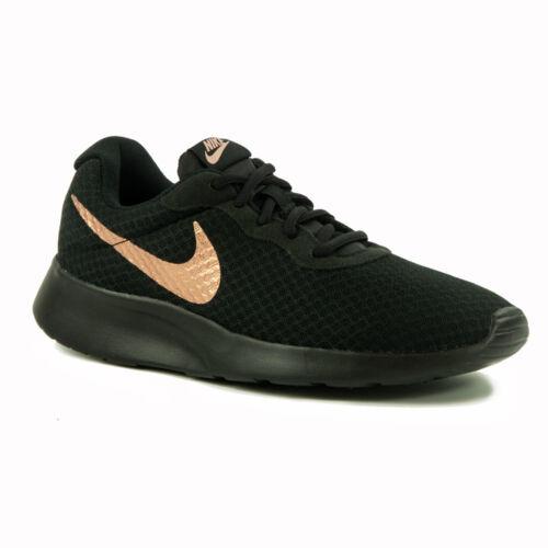 Nike WMNS Tanjun Női  Sportcipő