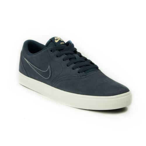 1c2b186897 Nike Court Royale GS Fiú Utcai Cipő. 15.990 Ft. Villámnézet · Nike  843895-402