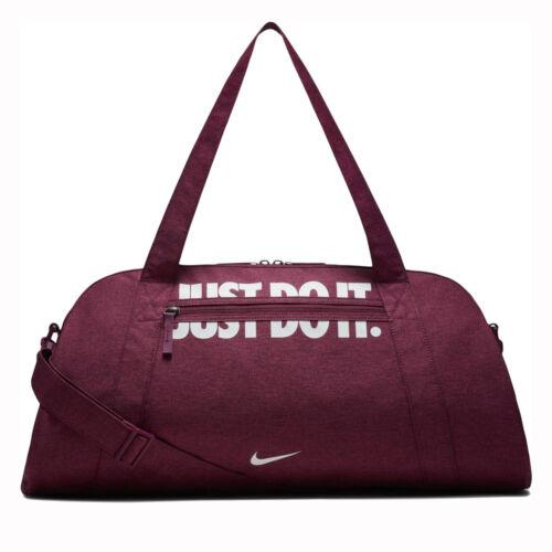 Nike Gym Club Sport Utazótáska